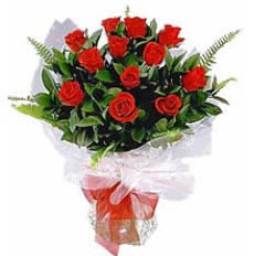 Free 12 Red Rose Bouquet